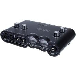 Line 6 POD-STUDIO-UX2 Computer Recording Audio Interface with Pod Farm for Electric Guitar