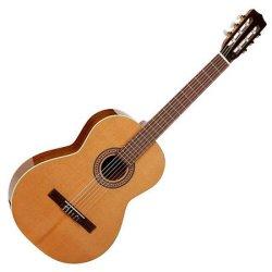 La Patrie 045457 Concert classical style 6 string acoustic guitar