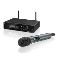 Sennheiser XSW 2-835-B Wireless Microphone System (Frequency Range: 614-638 MHz)
