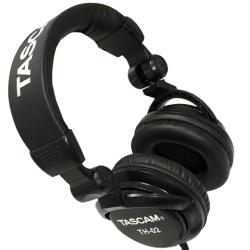 Tascam TH-02-B Black Professional DJ Headphones