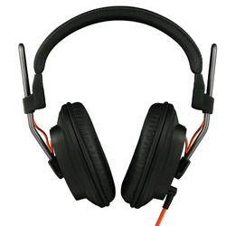 "Fostex T40RPmk3 Headphones Closed for ""Focused Bass"" Sound Characteristics"