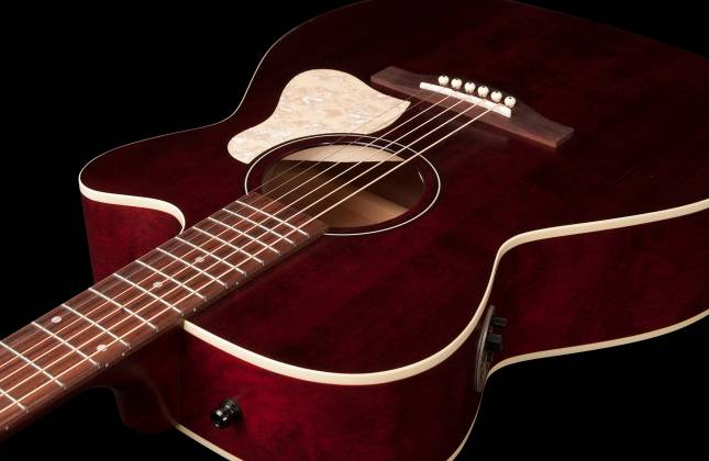 Art & Lutherie 042357 Legacy Tennessee Red CW QIT Acoustic Electric 6 String RH Guitar 042357 Product Image 8