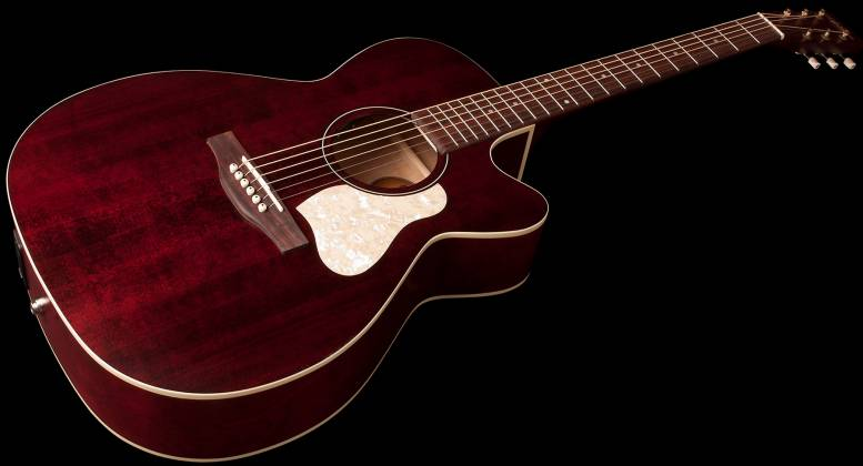 Art & Lutherie 042357 Legacy Tennessee Red CW QIT Acoustic Electric 6 String RH Guitar 042357 Product Image 3