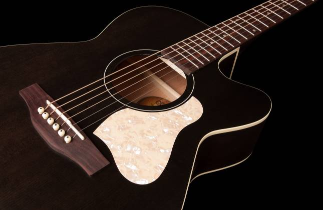 Art & Lutherie 042371 Legacy Faded Black CW QIT Acoustic Electric 6 String RH Guitar 042371 Product Image 5