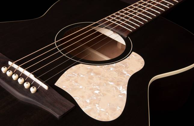 Art & Lutherie 042388 Legacy Faded Black QIT Acoustic Electric 6 String RH Guitar 042388 Product Image 4