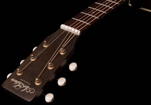 Art & Lutherie 042388 Legacy Faded Black QIT Acoustic Electric 6 String RH Guitar 042388 Product Image 3