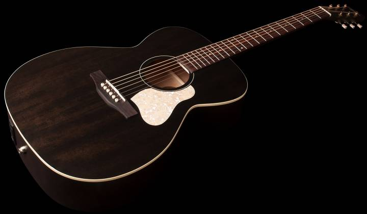 Art & Lutherie 042388 Legacy Faded Black QIT Acoustic Electric 6 String RH Guitar 042388 Product Image 2