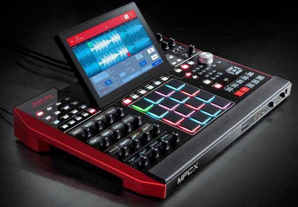 Akai MPCXXUS Stand Alone Music Production Center with Multi-Touch Screen and 16 Responsive RGB Pads akai-mpc-x-us Product Image 14