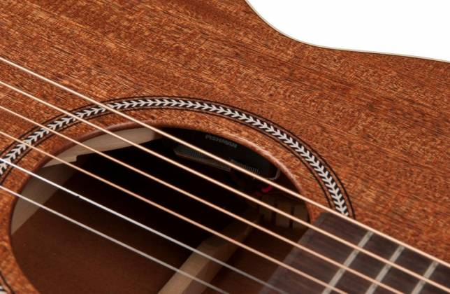 Seagull 042036 Concert Hall 6 String RH Mahogany Acoustic Electric Guitar SG Product Image 2