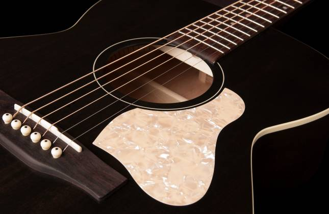 Art & Lutherie 045563 Concert Hall Legacy 6 String RH Acoustic Guitar – Faded Black 045563 Product Image 4
