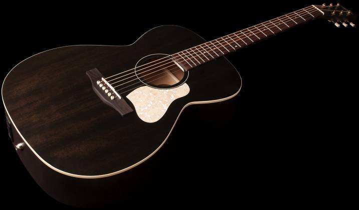 Art & Lutherie 045563 Concert Hall Legacy 6 String RH Acoustic Guitar – Faded Black 045563 Product Image 2