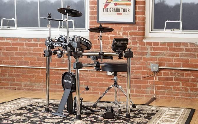Alesis Surge Mesh Kit 8 piece Electronic Drum Set with Mesh Heads surge-mesh-kit-xus Product Image 6