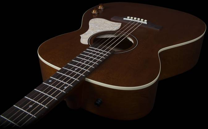 Art & Lutherie 047710 Legacy Q-Discrete 6 String RH Acoustic/Electric Guitar – Havana Brown 047710 Product Image 3