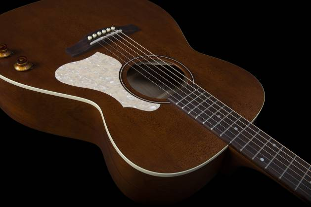 Art & Lutherie 047710 Legacy Q-Discrete 6 String RH Acoustic/Electric Guitar – Havana Brown 047710 Product Image 7