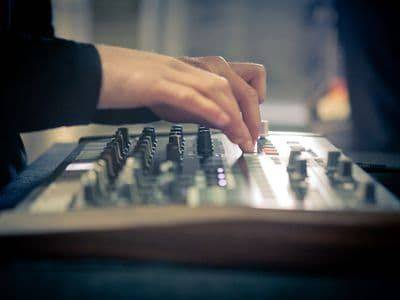 Arturia DRUMBRUTE Analog Drum Synthesizer and Sequencer Machine drum-brute Product Image 6