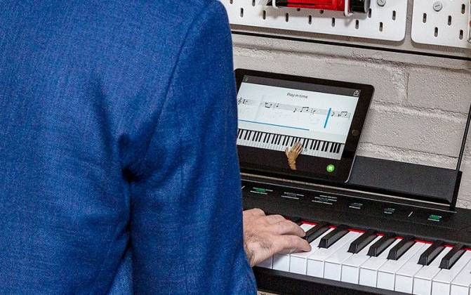 Alesis CONCERTXUS Digital Piano with 88 Full-Sized Keys Product Image 6