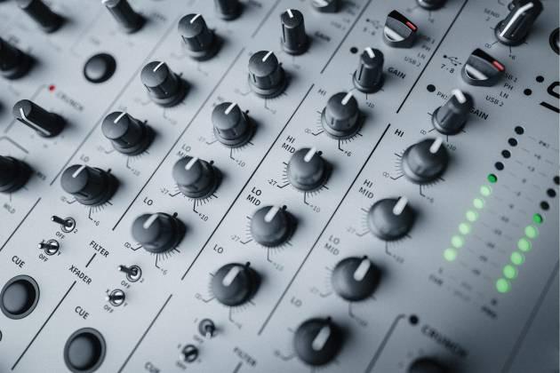 Allen & Heath XONE:96 6 Into 2 Club & DJ Analogue DJ Mixer with Audio Interface x-one-96 Product Image 21