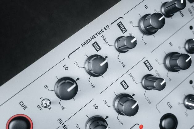 Allen & Heath XONE:96 6 Into 2 Club & DJ Analogue DJ Mixer with Audio Interface x-one-96 Product Image 14
