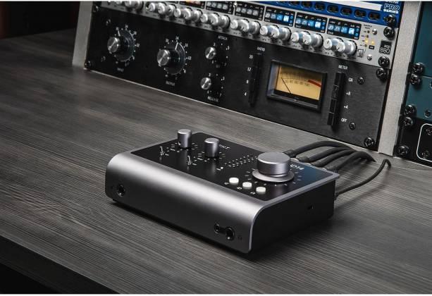 Audient iD14 Mk.II High Performance USB Audio Interface id-14-mk-2 Product Image 7