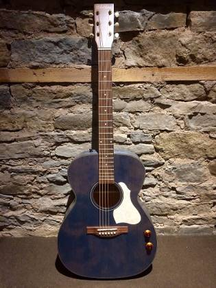 Art & Lutherie 047086 LEGACY Concert 6 String RH Acoustic Electric Guitar - Denim Blue Product Image 2