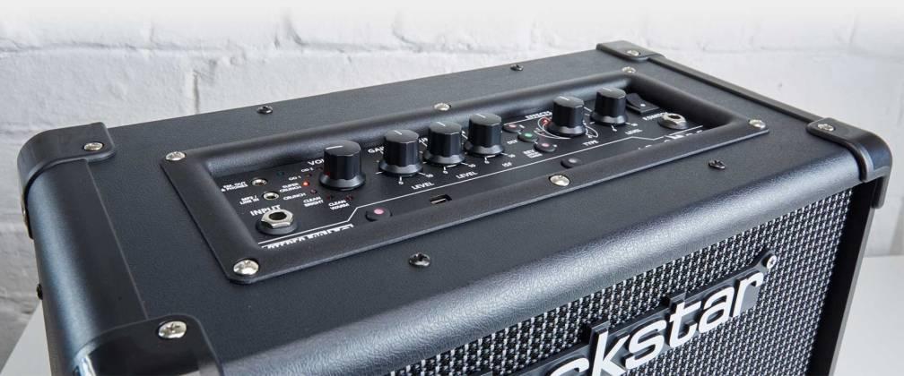Blackstar ID:CORE 10V2 - 10 Watt Stereo Combo Amplifier with PreSonus One Recording Software Product Image 9