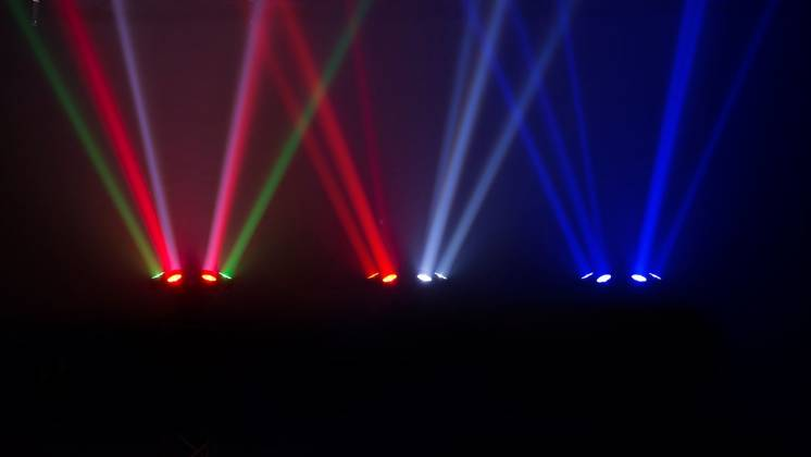 Chauvet DJ Helicopter Q6 Multi-Effect Moving Head Light with Strobe and Red Green Laser  Product Image 6