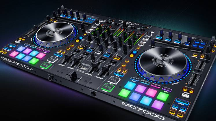 Denon DJ MC7000 Professional DJ Controller with Dual Audio Interfaces Product Image 7