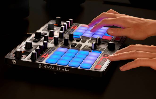 Hercules Audio P32DJ All-In-One DJ Controller with 2 Grids of 16 Effects Pads Product Image 7