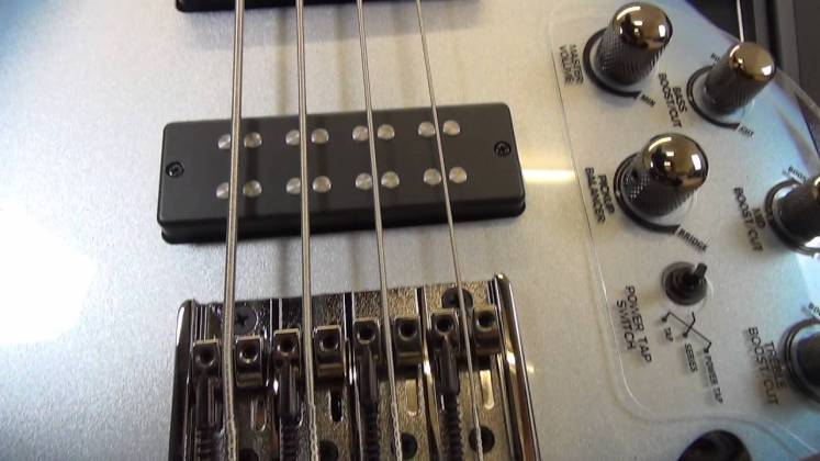 Ibanez SR300E-PW SR Standard Series 4 String Electric Bass – Pearl White Product Image 5