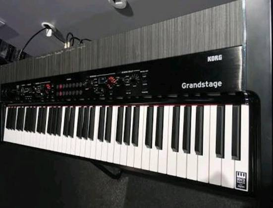 Korg Keyboards GS188 Grandstage Professional Stage Piano-Black  Product Image 6