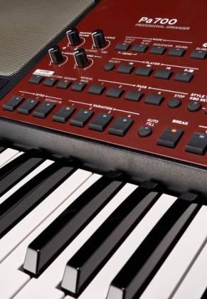 Korg Keyboards PA700 61-key Arranger Workstation - Canada's ...