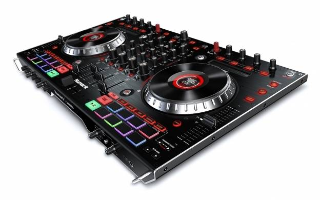 Numark NS6II 4-Channel Premium DJ Controller Product Image 2