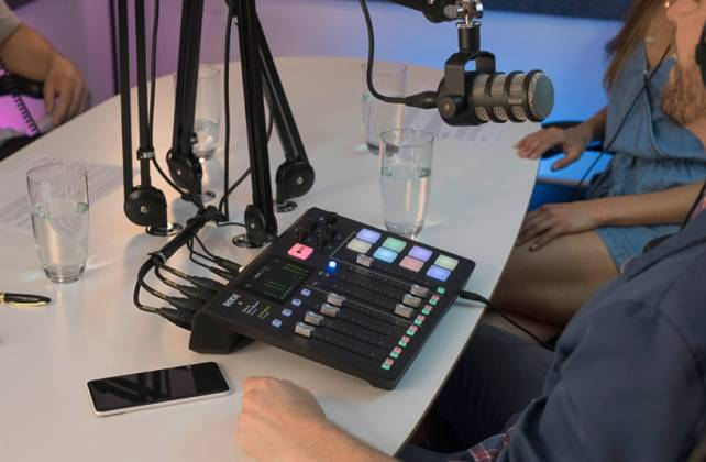 Rode RodeCaster Pro Integrated Podcast Production Studio rode-caster-pro Product Image 5
