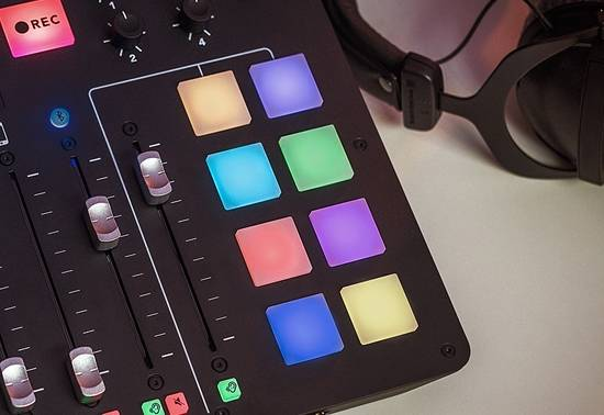 Rode RodeCaster-Pro Integrated Podcast Production Studio Product Image 6