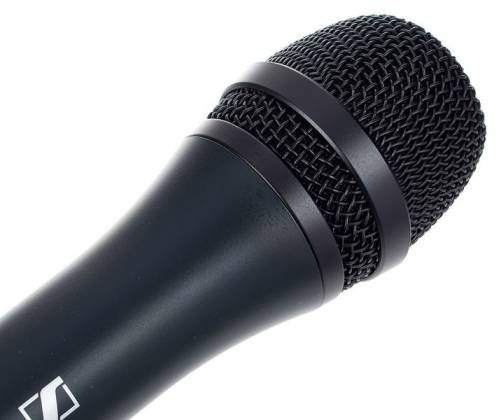 Sennheiser MD 46 Dynamic Microphone for Live Reporting and Broadcasting Environments Product Image 7