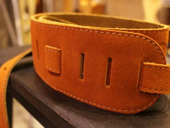 Simon & Patrick 037322 Rust Western Suede w/Patch Logo Guitar Strap Product Image 6
