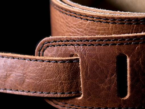 Seagull 042104 The Hollywood Series Cognac Guitar Strap Product Image 4