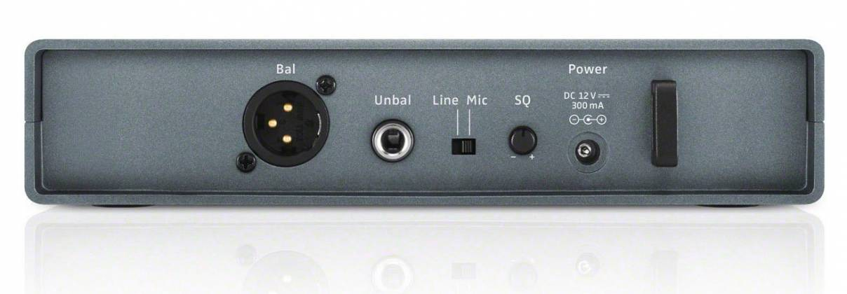 Sennheiser XSW1-835 A Wireless Vocal Set with SKM 835 Mic and EM XSW 1 Receiver (548-572 MHz) Product Image 4