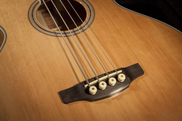 Takamine GB72CE-NAT G-Series Jumbo 4-String RH Acoustic-Electric Bass Guitar-Natural Product Image 3