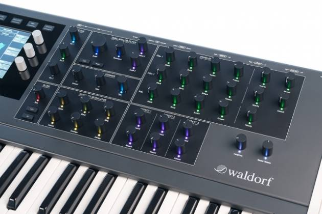 Waldorf STVC Keyboard String Synthesizer with Vocoder