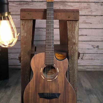 Washburn WCGM55K-D Comfort Series G-Mini 55 Koa 6-string RH Cutaway Acoustic Guitar-Natural satin Finish with Gigbag Product Image 6
