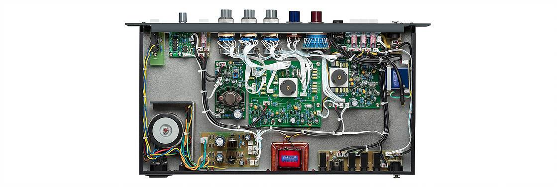 Warm Audio WA-73EQ Single-Channel Microphone Preamplifier and Equalizer wa-73-eq Product Image 4