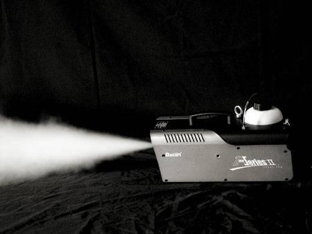 Antari Z-1000II 1.7L 1000W High Performance Fog Machine Product Image 4