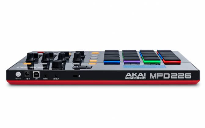 Akai MPD226 MIDI-over-USB Pad Controller with 36 Assignable Controls Accessible Via 3 Banks mpd-226 Product Image 2