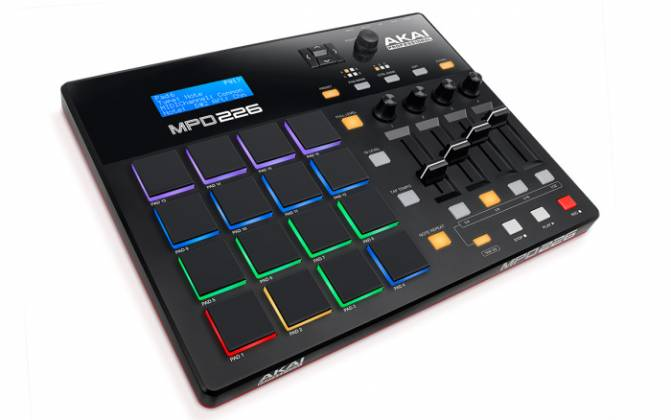 Akai MPD226 MIDI-over-USB Pad Controller with 36 Assignable Controls Accessible Via 3 Banks mpd-226 Product Image