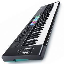 Novation Launchkey 61 MK2 61 Key Synth Style Velocity Sensitive MIDI Keyboard Product Image